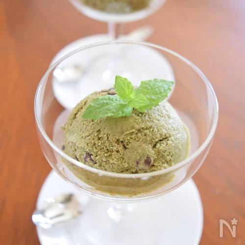 本物のミントチョコアイスクリーム