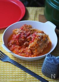 『肉詰め油揚げのトマト煮込み』