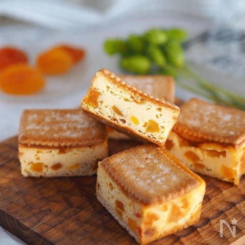 キュンと甘酸っぱい♪『ココナッツと杏のチーズケーキ』