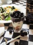 ヘルシー♪豆腐ヨーグルト玄米フレーク&ブルーベリーシロップ