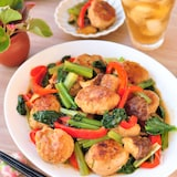 揚げない肉団子と野菜の中華風とろみ炒め