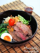 ガッツリ食べるビビン麺!