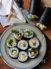 照り焼きチキンの出汁巻き寿司。