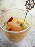 フルーツたっぷり♪白ワインの食べるサングリア