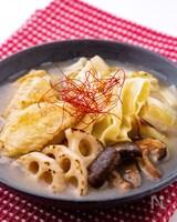 つるりんワンタン入り☆鶏手羽と焼き野菜の旨味塩スープ