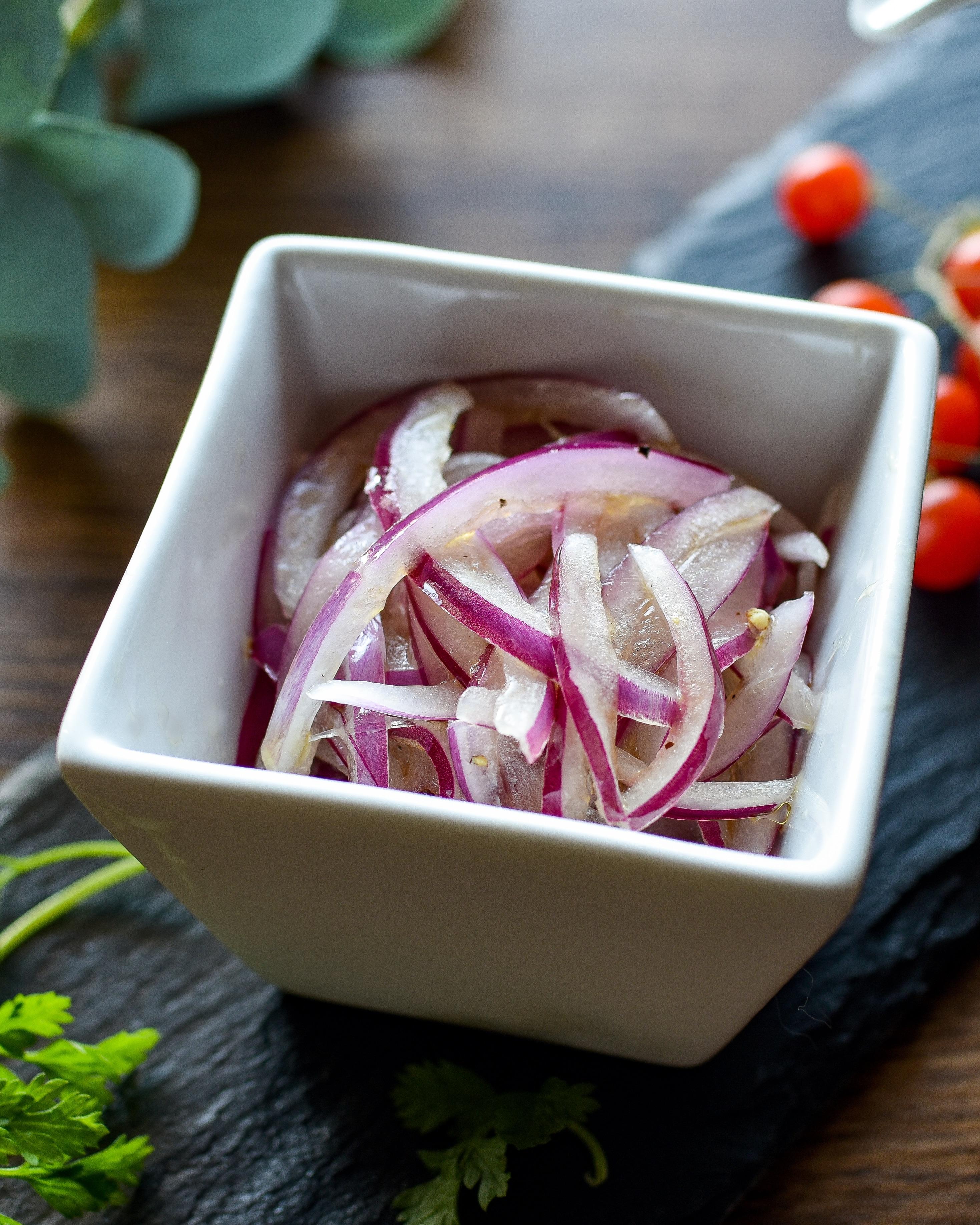 玉ねぎ レシピ 紫