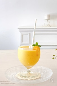 材料3つ!冷凍マンゴーde簡単♡マンゴーフラペチーノ