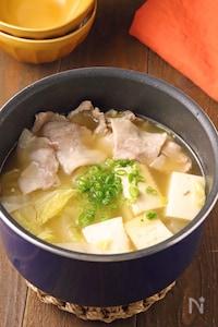 パパッとプチ鍋♪白菜と豚バラのうま塩鍋