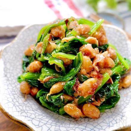 簡単副菜♪手軽で美味しい『ほうれん草のおかか納豆和え』