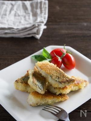 子どもも喜んで魚を食べる♪サバのチーズパン粉焼き