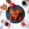 11月22日は夫婦の日!愛が深まるハートモチーフのパンメニュー