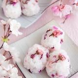 桜のおむすび