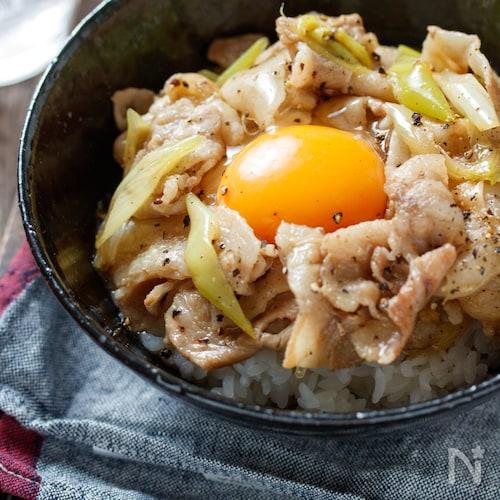 豚ネギスタミナ丼【#簡単 #節約 #時短】