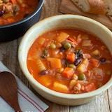 母のミネストローネ。具沢山のおかずスープ!野菜たっぷり♪