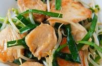 【ご飯が進む鶏むねニラ炒め!】シャキシャキ止まらない美味しさ