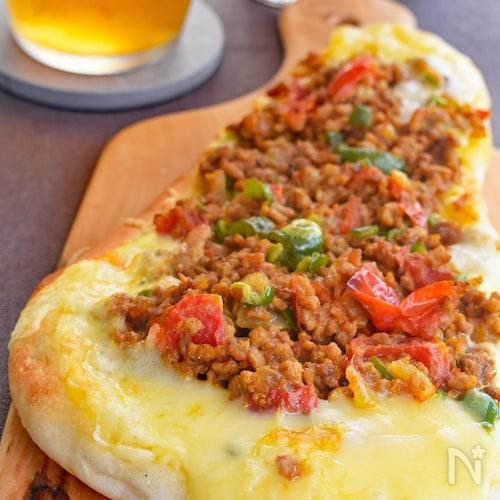 【市販のナンで簡単絶品♪】カレーナンピザ