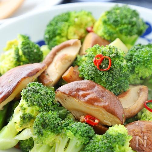 驚く美味しさ*椎茸とブロッコリーのペペロンチーノ