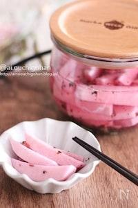 おもてなしにも♡ピンク色が可愛い*長芋ピクルス*