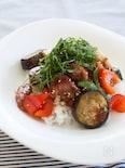 鶏肉と夏野菜のごま照り焼き丼
