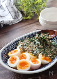 『卵とあんをご飯かけても最高♡半熟卵のにらそぼろあんかけ』