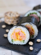 バラの恵方巻き【飾り巻き寿司】