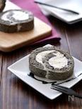 黒ごまパリチョコロールケーキ