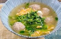 えのき入り鶏団子と豆苗の具だくさん卵スープ
