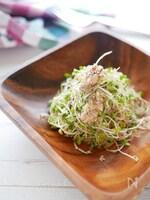 オイルサーディンのスプラウトサラダ