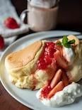 お店の味♡いちごのスフレパンケーキ(ホットケーキミックス)