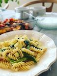 緑野菜のクリームパスタ
