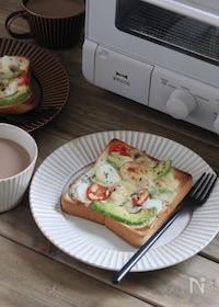 『絶品!バジル 香るシーフードトースト』