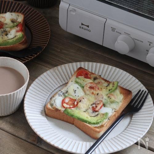 絶品!バジル 香るシーフードトースト