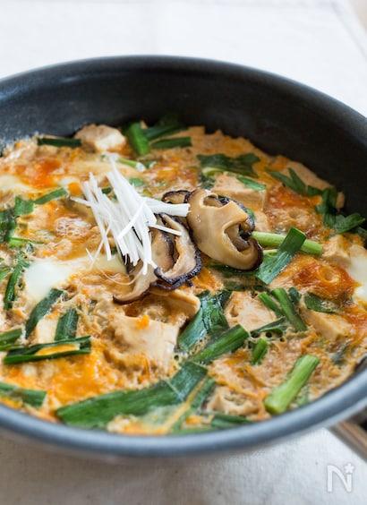 豆腐とニラのふんわり卵とじ
