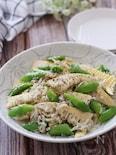 シンプルな味付けで最高♡筍とスナップえんどうのしらすペペロン