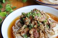 カリカリ豚と舞茸のやみつき素麺