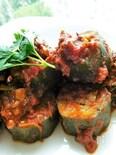 保存もきく!トマトソースで煮込んだズッキーニの肉詰め