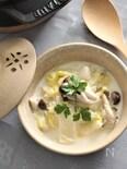 ストウブで白菜ときのこの味噌味クリームスープ煮