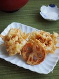 カリカリ香ばし♪千切りレンコンと生姜のかき揚げ(コツ付き)