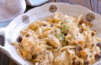 鶏肉とえのきとしめじのガーリッククリームチーズ炒め