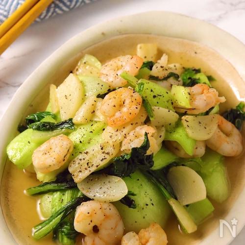 味がバッチリ決まる♪栄養たっぷり青菜の中華炒め