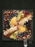 桃とバナナとアボカドのフルーツプレート