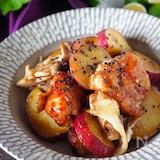 鶏むね肉とホクホクさつま芋の甘酢炒め【むね肉1枚大満足】