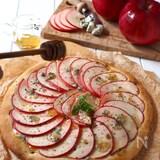捏ね発酵なし!りんごとゴルゴンゾーラのピザ