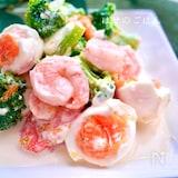 ぷりぷりエビとゆで卵のデリ風サラダ☆ 夏のマヨレモンソース