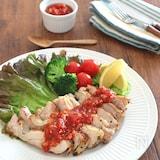 鶏もも肉のハーブソテー☆トマトガーリックソース