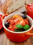 フライパンで*メカジキとじゃが芋のトマト煮込み