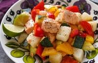 野菜が進む!子供も大人も満足♡鮭と長芋の彩り野菜炒め