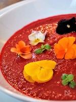 まるごとビーツのシンプルなスープ