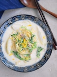 フライパンひとつで!七草とベーコンの豆乳スープパスタ