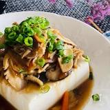 たっぷりキノコの温か豆腐